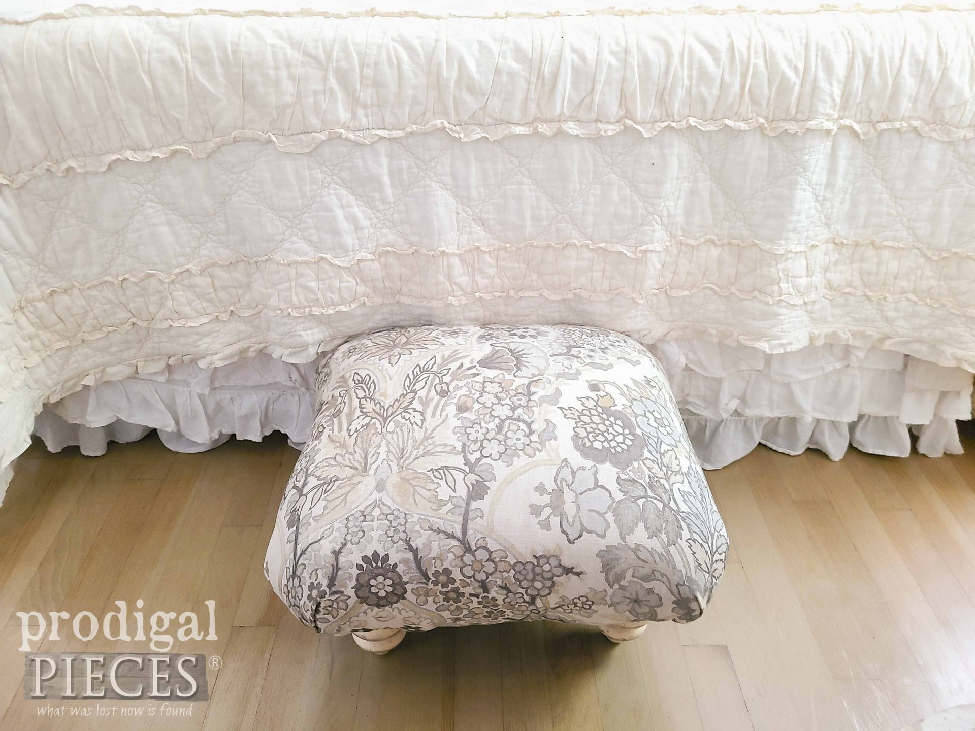 Top View of Upcycled Ottoman Handmade by Larissa of Prodigal Pieces | prodigalpieces.com #prodigalpieces #upcycled #furniture