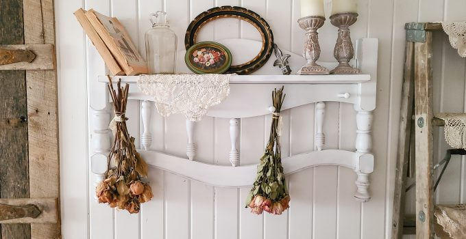 Upcycled Headboard into Entry Rack
