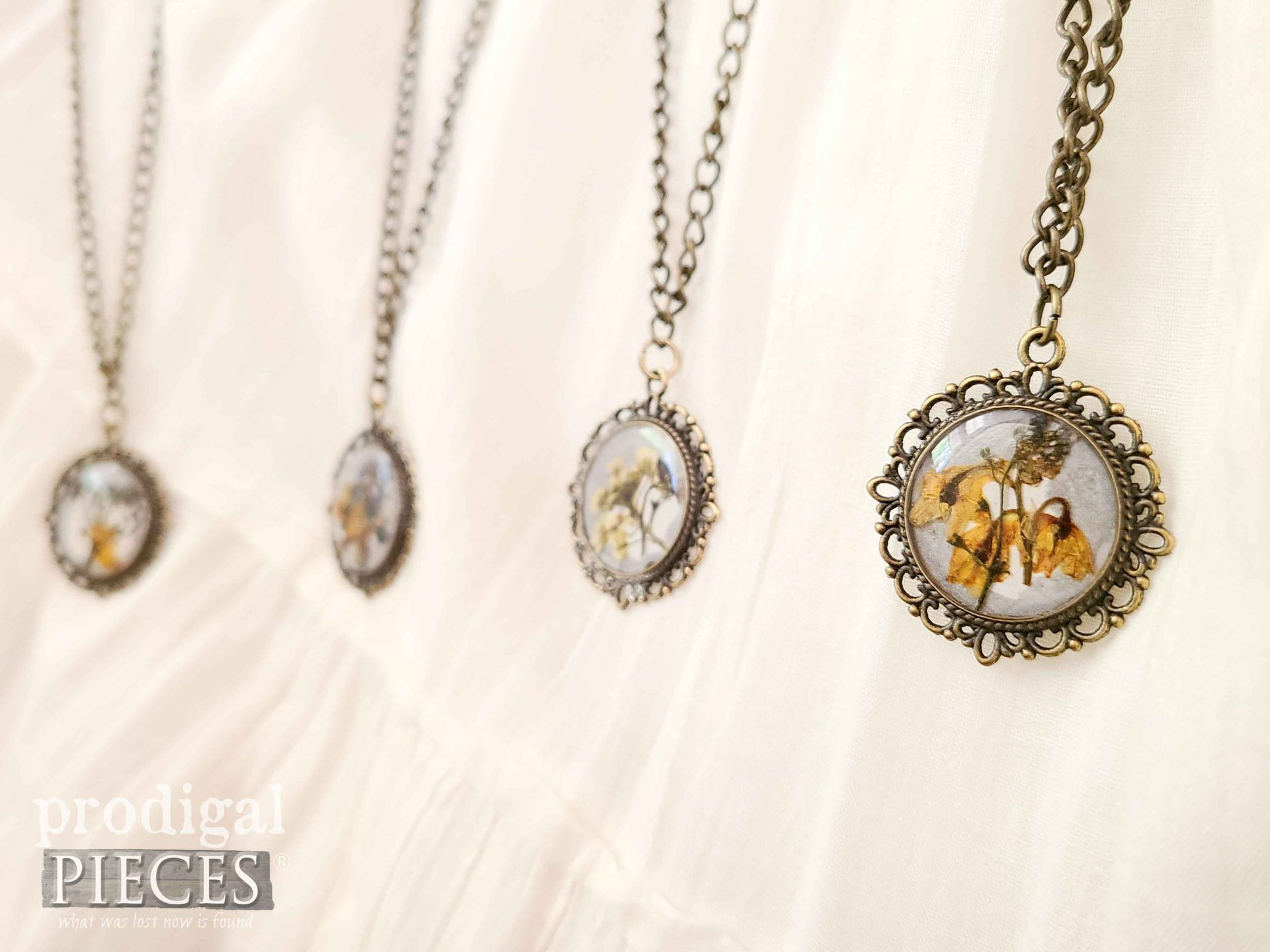 Handmade Flower Necklace Pendant with DIY Resin Tutorial by Larissa of Prodigal Pieces   prodigalpieces.com #prodigalpieces #giftidea #giftsforher #handmade #jewelry #heirloom