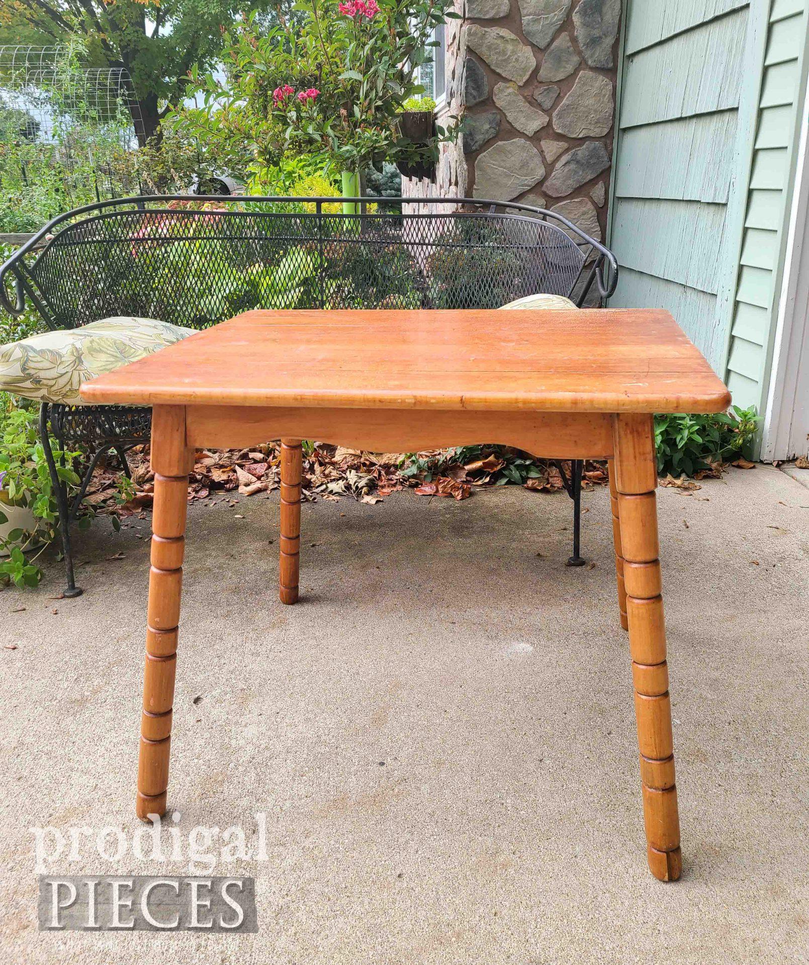 Mini Table Before Makeover   prodigalpieces.com