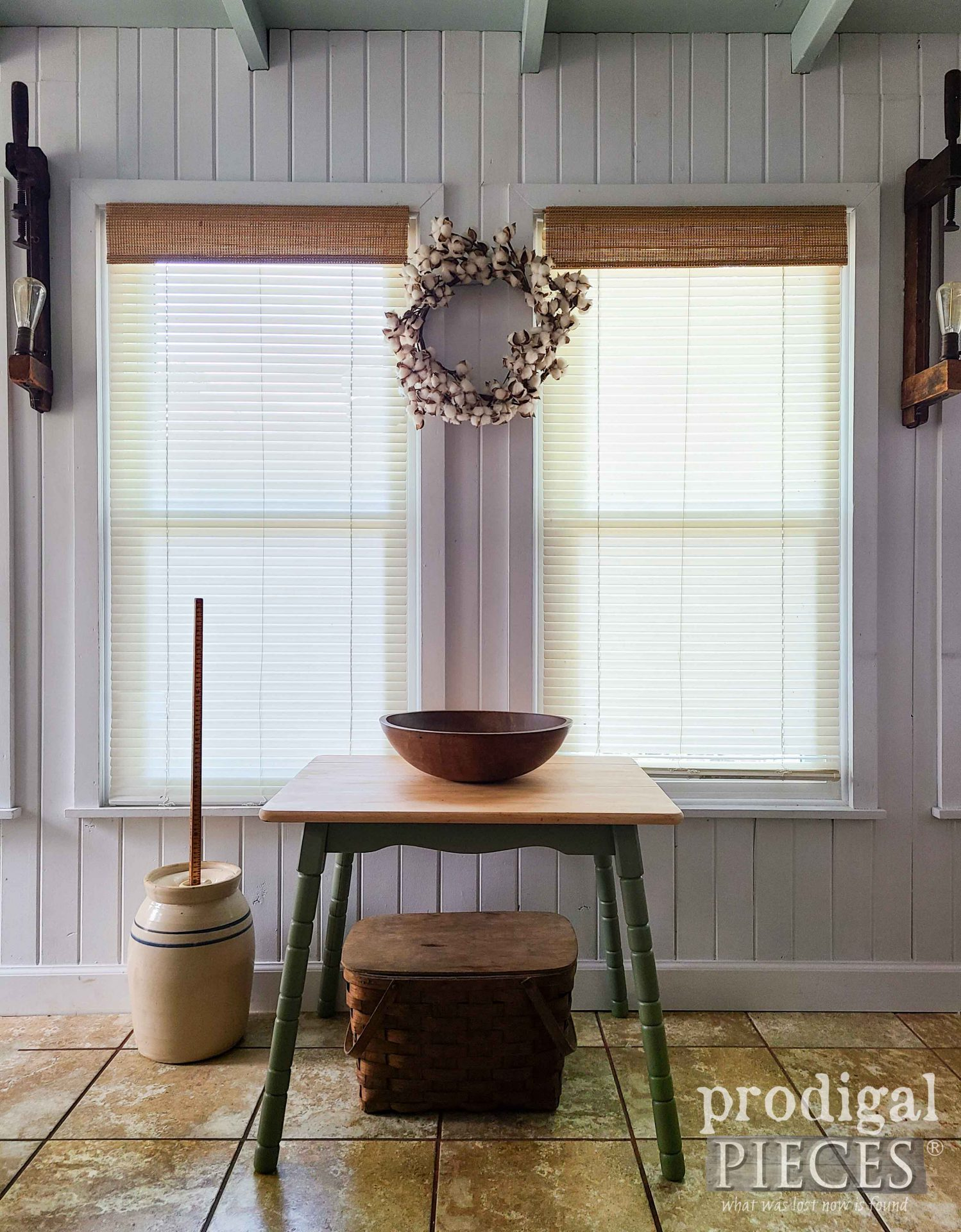Sweet Vintage Mini Farmhouse Table get update by Larissa of Prodigal Pieces   prodigalpieces.com #prodigalpieces #farmhouse #furniture #home #table